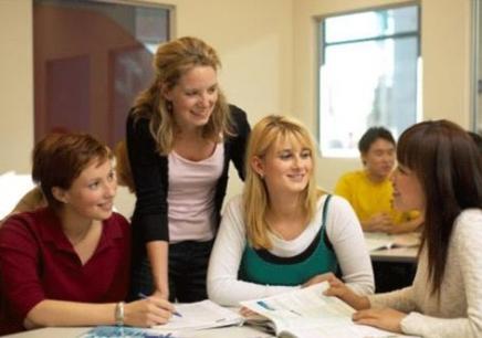 英语四级培训课程