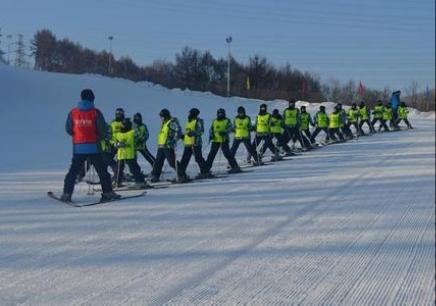 10-16岁青少年哈尔滨冬令营