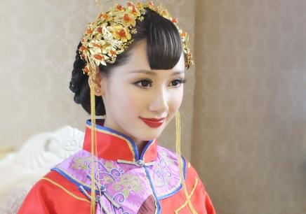 福州新娘化妆师培训学院