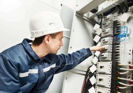 福州電工資格證考試真題