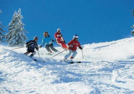 沈阳滑雪冬令营,沈阳如何参加冬令营,沈阳哪里有冬令营机构