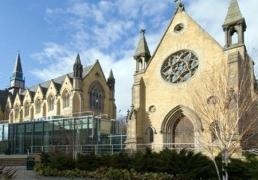 留学英国学校:利兹大学