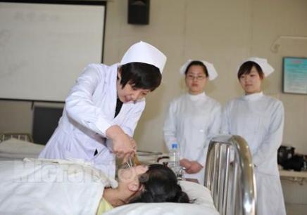 首页 卫生护士培训 >> 口腔护理专业  口腔护理专业 价格:10预约试听