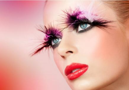 国际时尚彩妆造型全科班图片