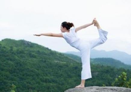 图解腰腿部功能锻炼视频