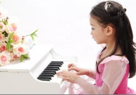 太原儿童钢琴培训_儿童钢琴培训图片