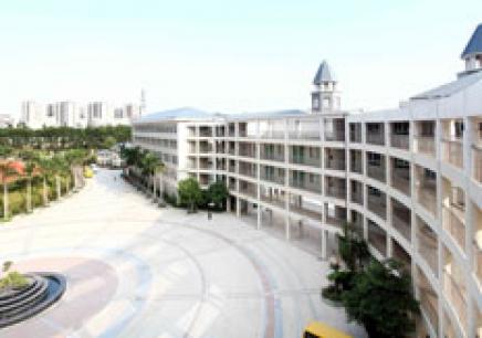 美中学校国际部校园开放日预约
