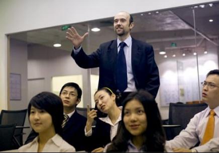 乐清沃尔得哪个成人基础英语培训班比较好