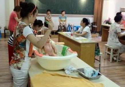 贵阳高级育婴师培训
