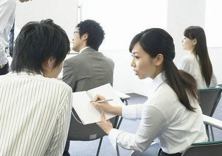 博德语言韩语V6班