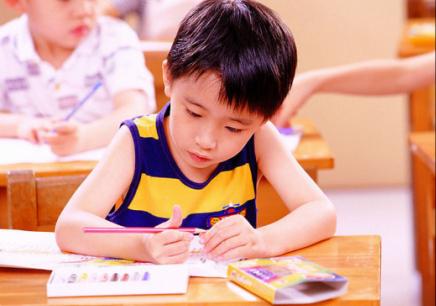 长沙孩子上课注意力不集中、多动、学习分心