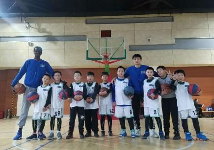 南京少儿篮球夏令营培训