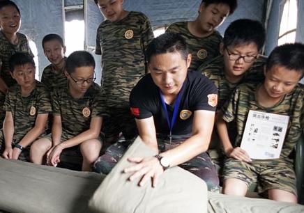 北京12天军事集训营_军事夏令营