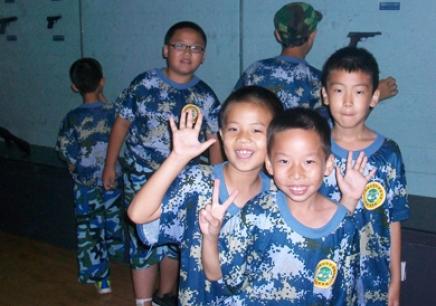 北京军事夏令营_军事夏令营课程