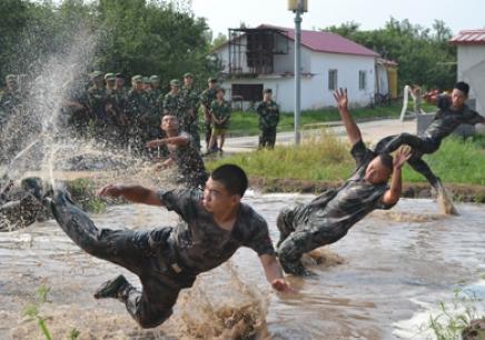 北京军事特训营_军事夏令营
