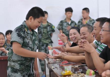 四川super2018少年军事夏令营