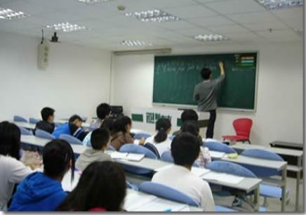 南昌大学生英语四级培训哪个比较好_南昌新东
