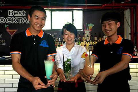 蓝绒国际调酒