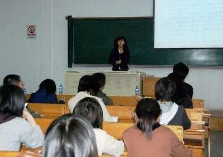 上海中小学生课外培训加盟 小学生暑期课外辅导
