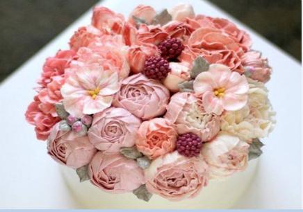 大连蛋糕裱花培训班
