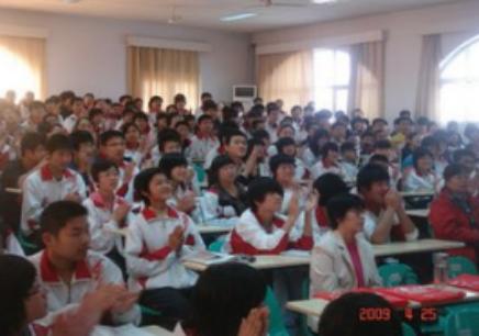 洛阳高二英语培优课程
