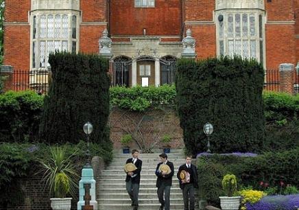 英国九大公学留学项目