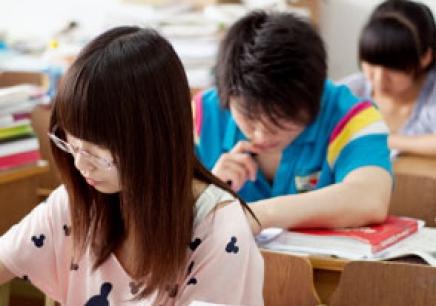青岛艺考文化课培训多少钱 青岛艺考文化课培训价格