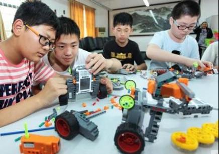 南京机器人创客培训