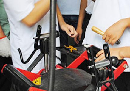 上海的汽车机电维修全能培训班