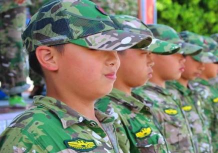 郑州军事夏令营招收多大的孩子