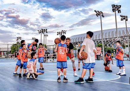 广州青少年暑期篮球培训