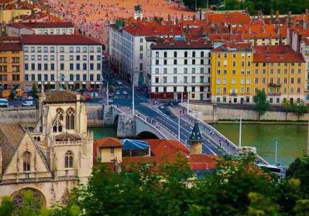 法国里昂IDRAC商学院MBA招生简章