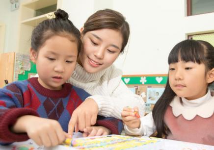 6-10歲梵高大師繪畫課程