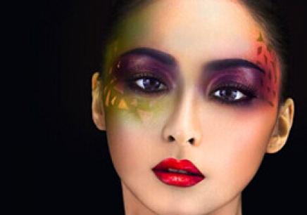 長沙有專門培訓美容師的嗎