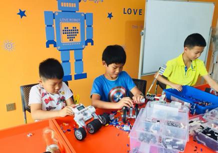 芜湖少儿编程培训机器人