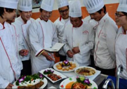 中西烹饪酒店管理高中班