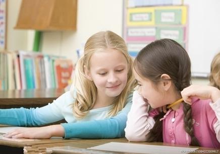 国外小孩上课素材