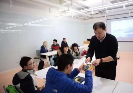 英孚青少年英语培训课程 10-14 岁