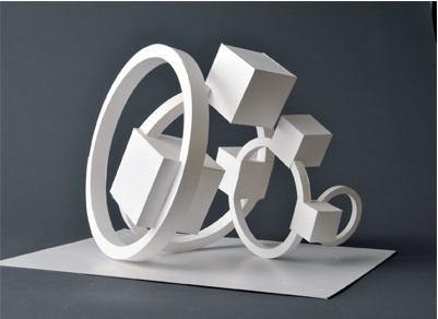 掌握立体构成中形态与形状的 本质区别,掌握设计中对空间构成和材料