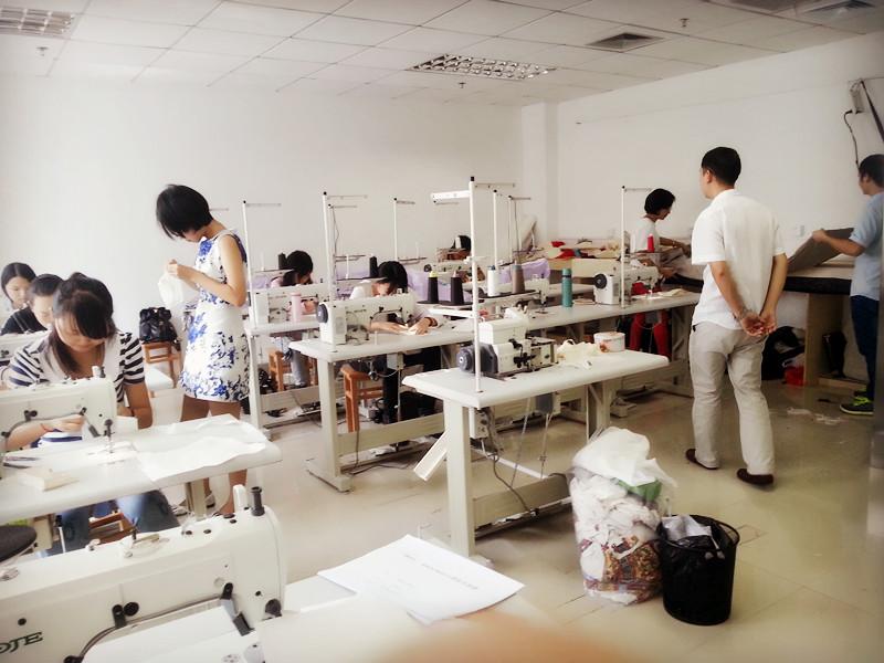 深圳服装设计培训课程           中鹏服装培训学校课程:    服装设计