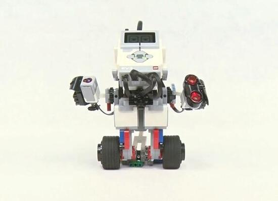 广州乐高机器人培训,培养孩子思维能力