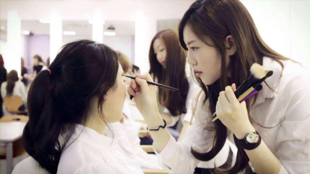 深圳时代美容美发化妆学校,深圳美容美发培训学校