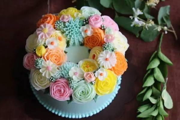 各种生日蛋糕花边的制作