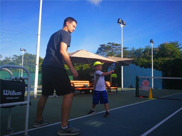 深圳龙岗网球兴趣班