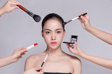 太仓专业化妆培训