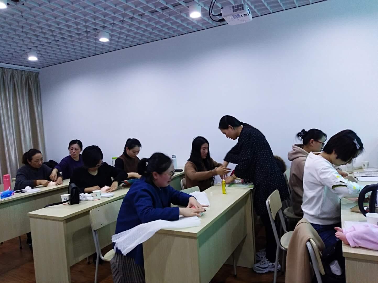 宁波育婴师专业学习班