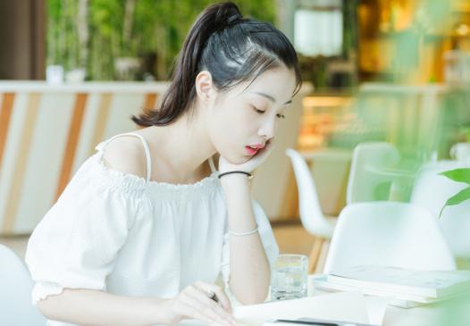 南宁高考考日语吗