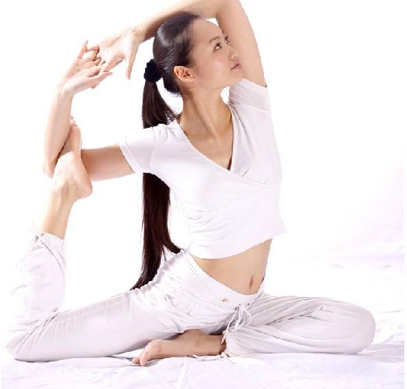 在这里,舞蹈是由自心灵的释放,瑜伽也不仅仅是流汗的享受,而是在音乐